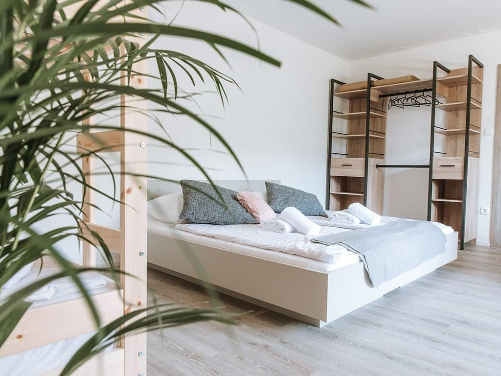 Sodobno opremljene apartmajske sobe z osupljivim razgledom