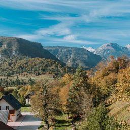 Apartmaji Triglav Uživajte v osupljivem razgledu na okoliške gore